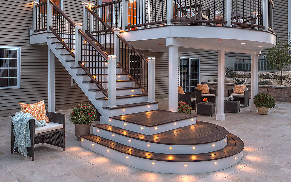 rail and stair deck lighting
